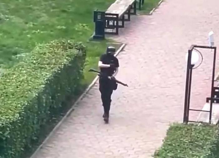 Пермского стрелка ранил и обезвредил сотрудник ДПС