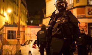 Полиция Франции освободила заложников в Рубе, один грабитель убит