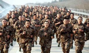Китай: Как научить патриотизму? Экскурсиями в казармы