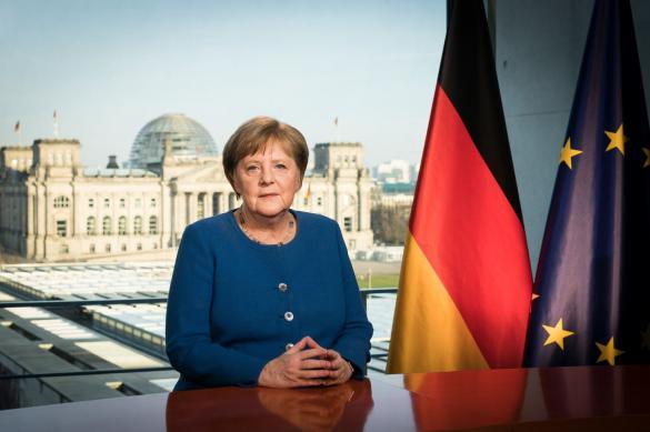 В Германии против возобновления Бундеслиги. Все ждут решения Меркель