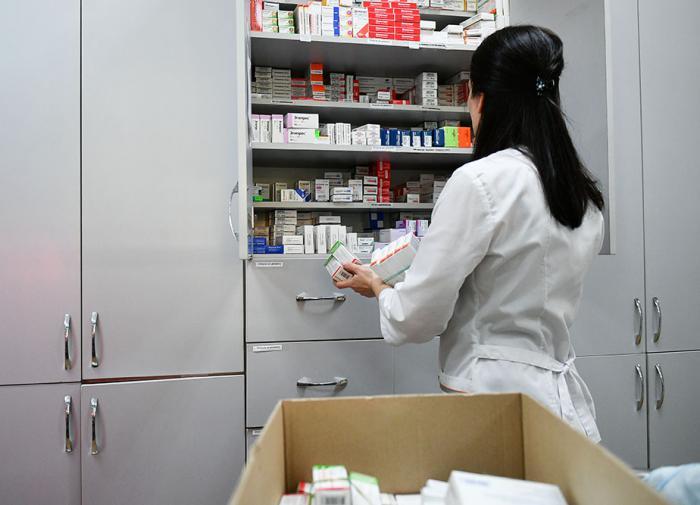 Контроль маркировки лекарств снизили, но в аптеках препаратов все равно нет