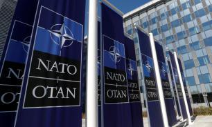 """В НАТО признали бомбардировки Югославии """"необходимыми и легитимными"""""""