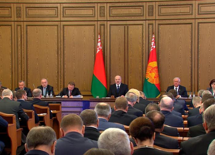 Белоруссия забуксовала на распутье