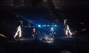 """Организатор пояснил, почему Metallica спела """"Группу крови"""" в Москве"""