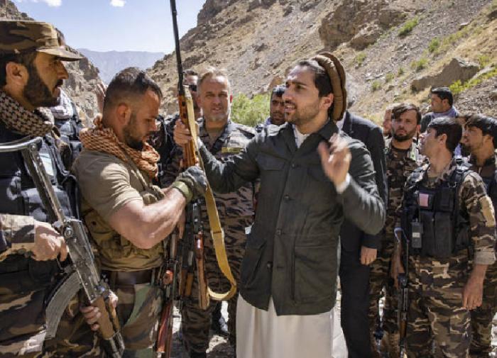 Лидер сопротивления талибам* попросил Россию организовать переговоры