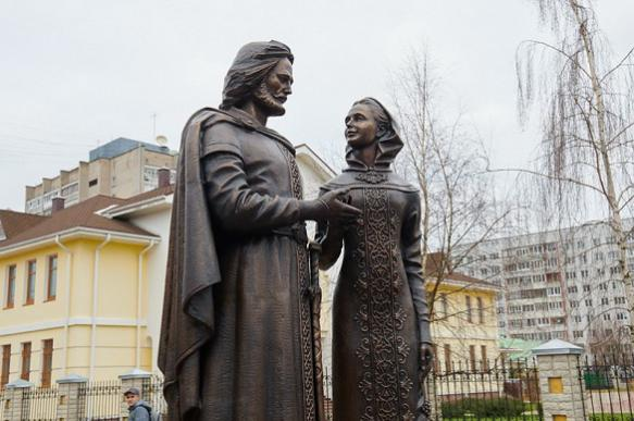 В Солнечногорске в День семьи откроют памятник Петру и Февронии