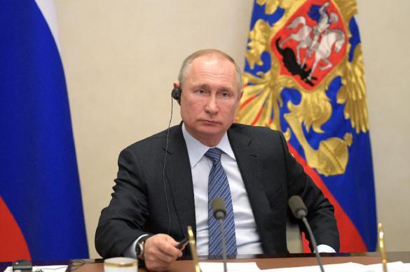 Путин поручил регионам определить особый порядок передвижения