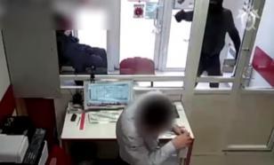 Опубликовано видео вооруженного ограбления банка в Воронеже