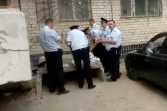 """Охраняющая ЧМ-2018 полиция """"взбунтовалась"""" из-за стыдной еды"""