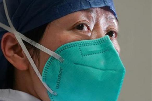 Эпидемия в Китае: за сутки только 8 новых заражений коронавирусом