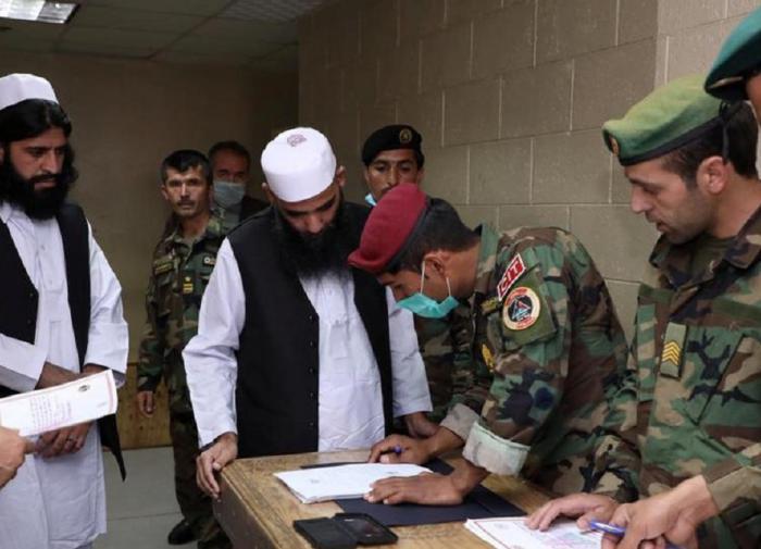 Афганские силы безопасности сообщили об уничтожении лидера террористов