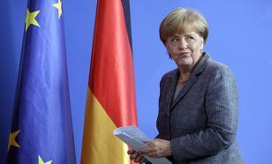 Скандал с журналистом уронил рейтинг Меркель