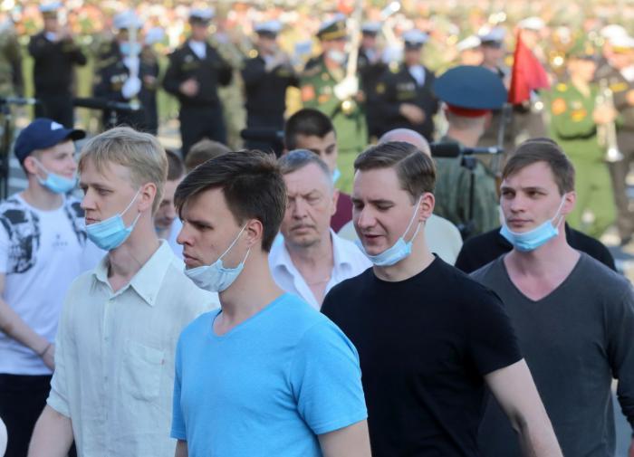 В 83 регионах России выявлены новые случаи заражения коронавирусом