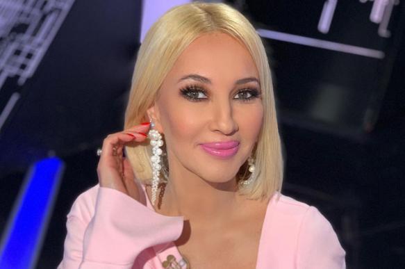 Помолодевшая Лера Кудрявцева опубликовала фото без макияжа