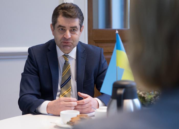 Как без рук: Украина не даёт остановиться чешской экономике