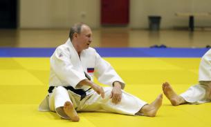 Путин отказался от шестого дана по дзюдо