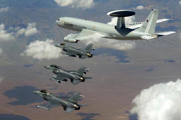 """ВКС РФ устроили """"аттракционы"""" авиации НАТО"""