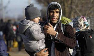 """""""Мы же не в России"""": как из Прибалтики выгоняют мигрантов"""