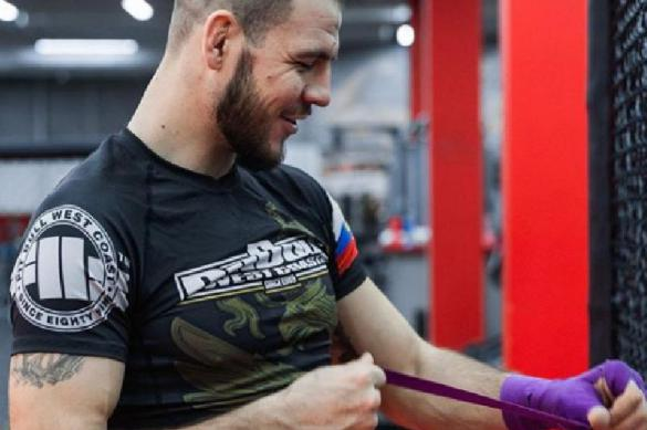 Боец UFC Крылов обрадовался падению курса рубля