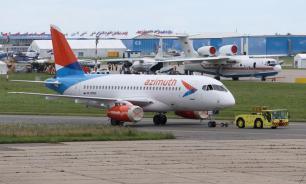 SSJ-100 экстренно приземлился в Самаре из-за проблем с двигателем