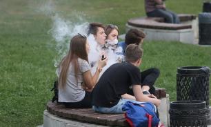 Нарколог: вейпы опаснее обычных сигарет – вызывают слабоумие