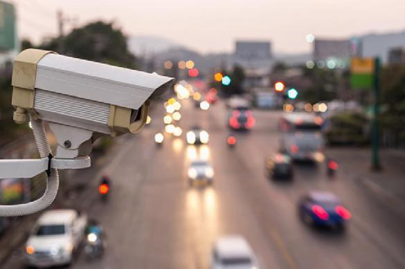 Камеры на дорогах будут фиксировать использование водителями телефонов