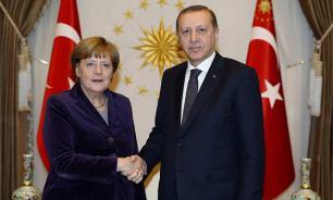 Запад тонет вместе с принципами и Эрдоганом