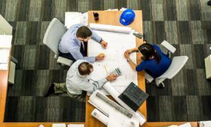 """Невролог: офисные работники рискуют заработать """"болезнь доярок"""""""