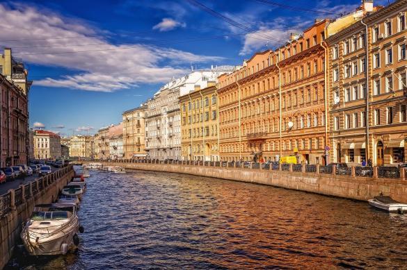 Смольный: Петербург готов к открытию туристического сезона