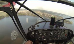 Грузовой самолёт с тремя членами экипажа потерпел катастрофу в Индонезии