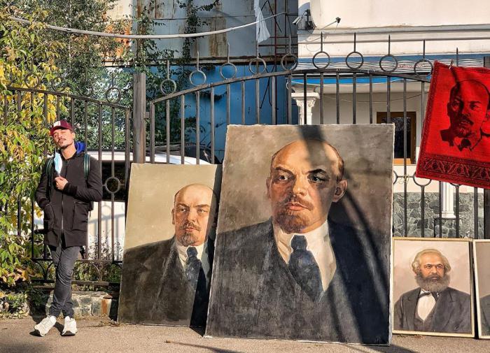 Дима Билан исполнил гимн революции