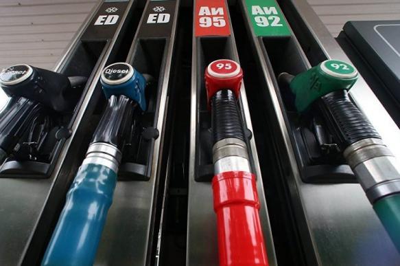 СМИ: правительство не будет продлевать соглашение о сдерживании цен на топливо