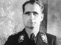 Останки сподвижника Гитлера извлекли из могилы.