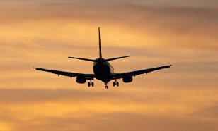Три самолета, летящие из Москвы, получили сообщения о бомбах на борту