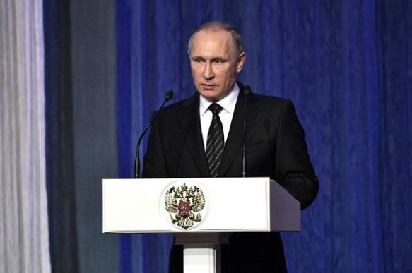 Президент поручил спецслужбам усилить меры безопасности за рубежом