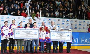 Легенды хоккея победили норильских любителей