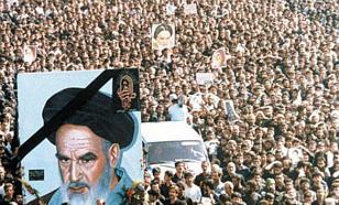 Современным Ираном руководят по заветам Хомейни