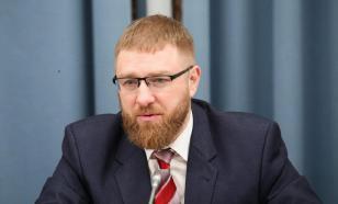 От Сарраджа требуют освободить граждан РФ