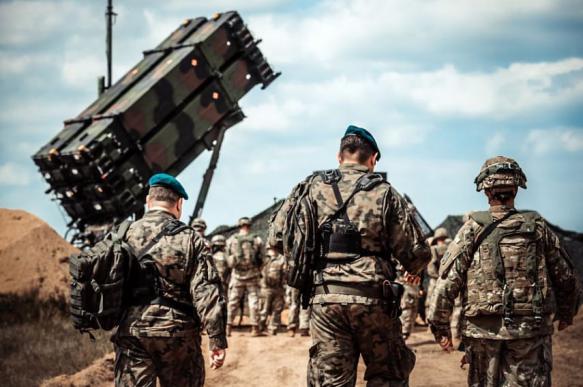 Defense Blog: строительство базы ПРО США в Польше близится к завершению