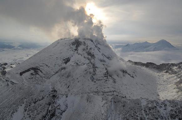 Вулкан Безымянный готовится к мощному извержению