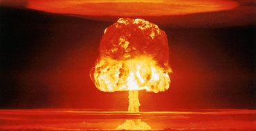 Перед прилетом министра обороны Америки КНДР провела стрельбы противосамолетными ракетами