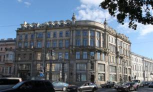 """В Петербурге таксист потребовал у пассажирки оплату """"натурой"""""""