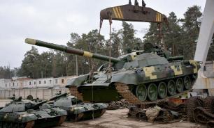 """Модернизация наоборот: Киев отчитался о """"новом"""" танке Т-72А"""
