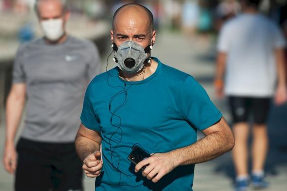 Пульмонолог: заниматься спортом в масках нельзя