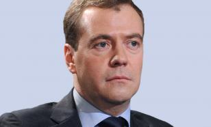 Медведев не исключает вторую и третью волны коронавируса в РФ