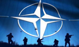 """Россия не намерена вести диалог с НАТО """"на полуистеричных тонах"""""""