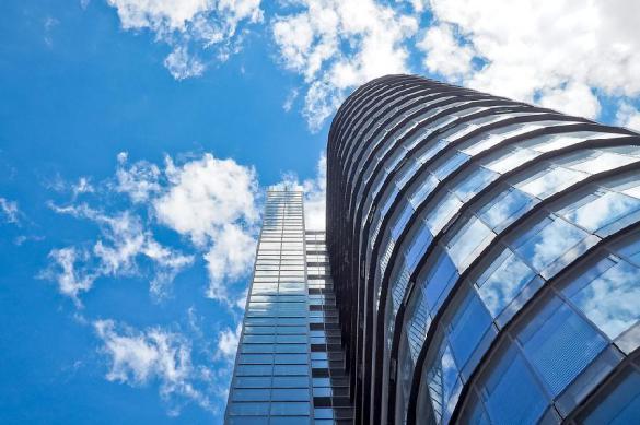Две трети элитных новостроек реализуется в небоскрёбах
