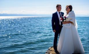 В Иркутской области хотят запустить свадебные туры на Байкал