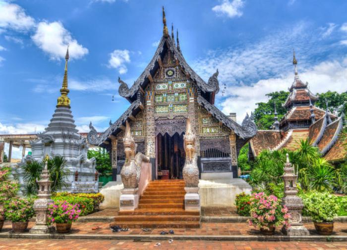 Таиланд позволил  заезд  русским  туристам с1,3 млн руб.  насчету