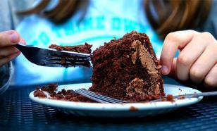 """Любить торты и пирожные людей заставляет """"гормон сладкоежки"""""""
